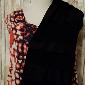 Lot two tops Daisy Fuentes/Relativity large/XL